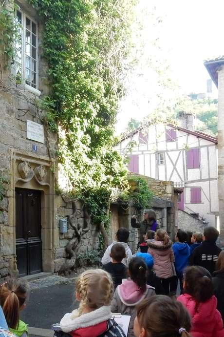 """Pays d'Art et d'Histoire : Visite Ludique """"Qui-Est-ce ?"""""""