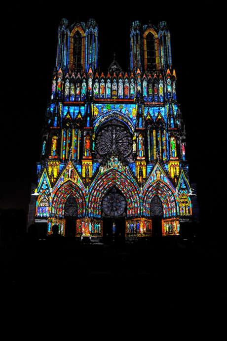 Mise en lumière de la façade de la Cathédrale de Reims