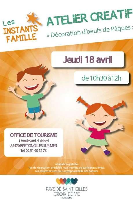 INSTANTS FAMILLE : DÉCORATION D'OEUFS DE PÂQUES