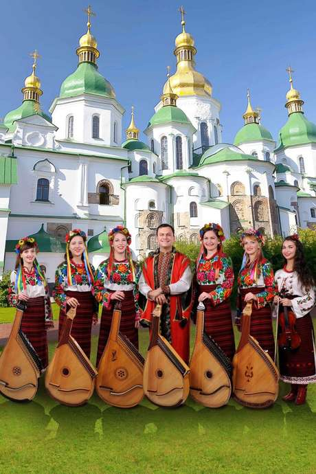LES CORDES ET VOIX MAGIQUES D'UKRAINE