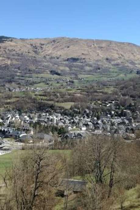 Cadeilhan-Trachère: un village dans son paysage