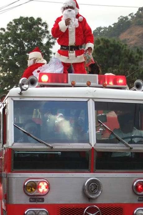 Passage du Père Noël des Pompiers
