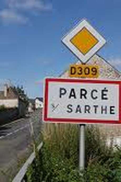 MOULIN DE PARCÉ