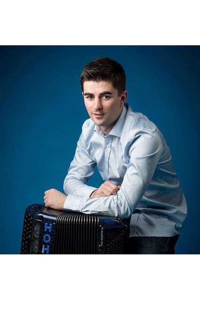 Découverte de l'accordéon avec Haut 2 Gammes