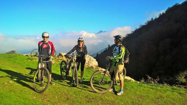 Rando Bike - Monsieur Gilles BERGERAS - Accompagnateur en montagne et VTT