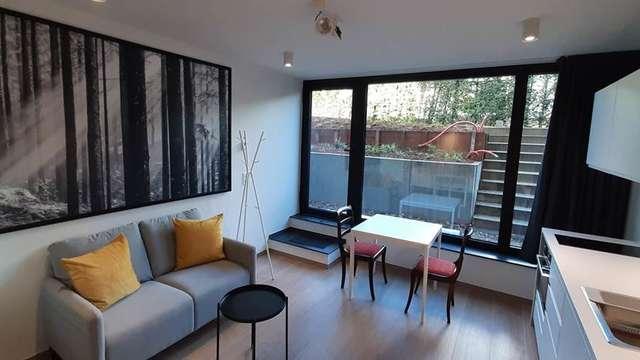 Studio 317b, studio meublé