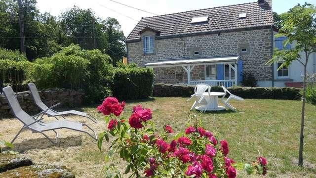 Location Gîtes de France - LAFAT - 7 personnes - Réf : 23G1446
