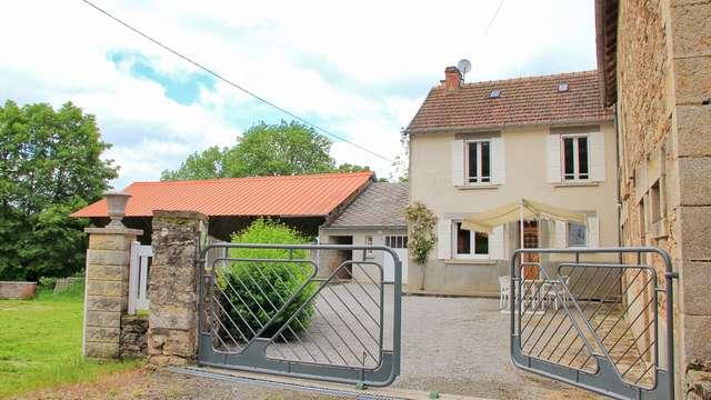 Location Gîtes de France - CROZE - 4 personnes - Réf : 23G1166