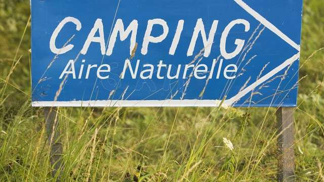 Aire Naturelle de camping de La Valette