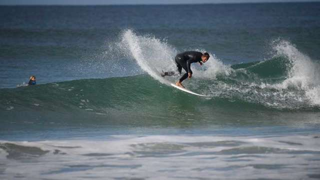 L'école de surf de Bretagne de la baie d'Audierne