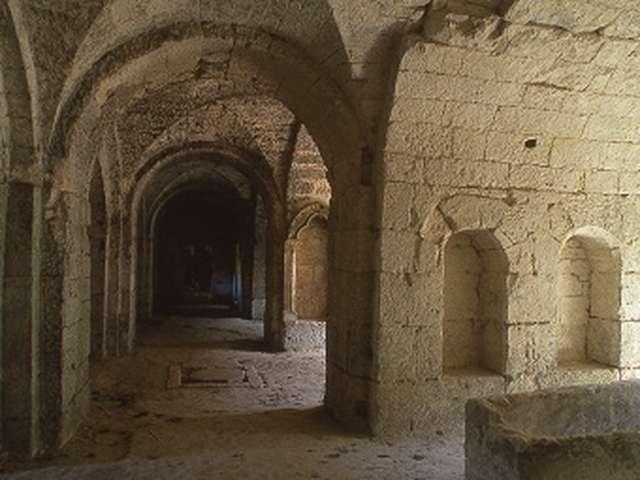 Crypte de l'abbaye Saint-Médard