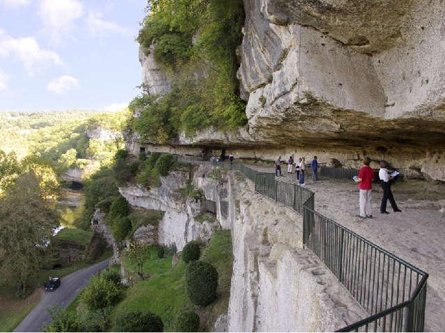 La Roque Saint-Christophe - Fort et Cité troglodytiques