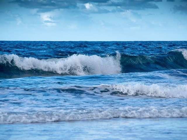 Acti'Ados Beach-Sun and Ocean