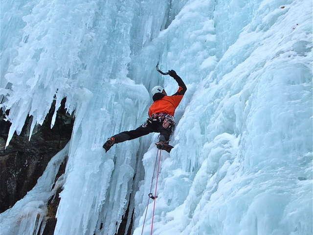 Bureau des Guides Champsaur Valgaudemar - cascade de glace