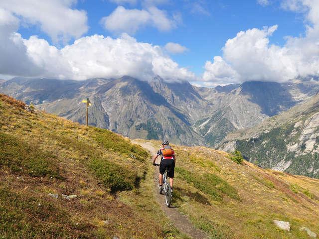 Tour du Champsaur et de la Valgaude en VTT