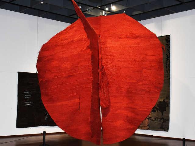 Exposition hors les murs de la Cité internationale de la tapisserie