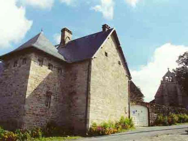 Village de Pallier et maison de notaires royaux