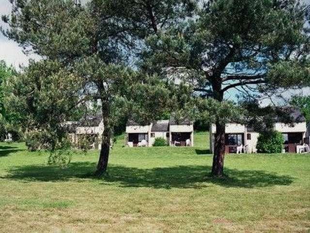 Village de Gîtes l'Etang des Portes - Gîtes 2/4 personnes