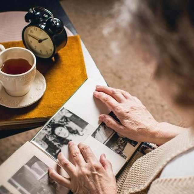 CAFÉ MÉMOIRE À PLAISANCE