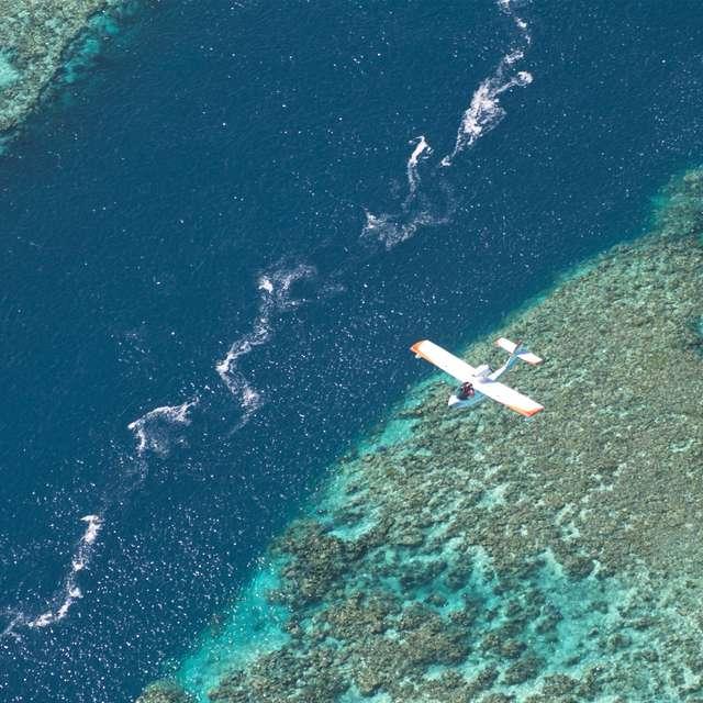 Vol en hydravion de 20 min - Air Paradise Poé