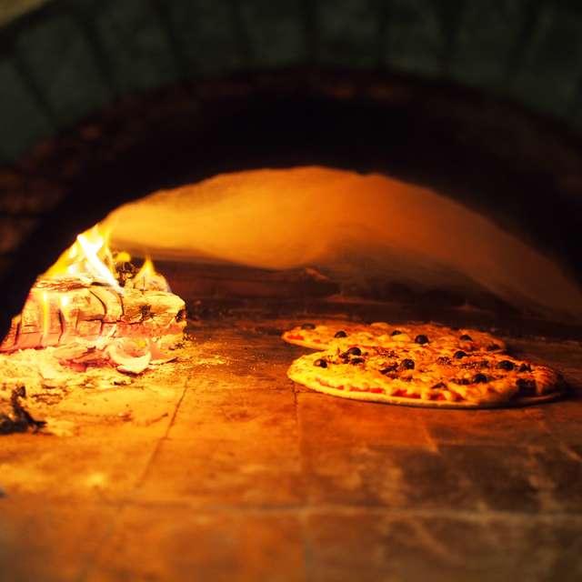 Pizza Nera