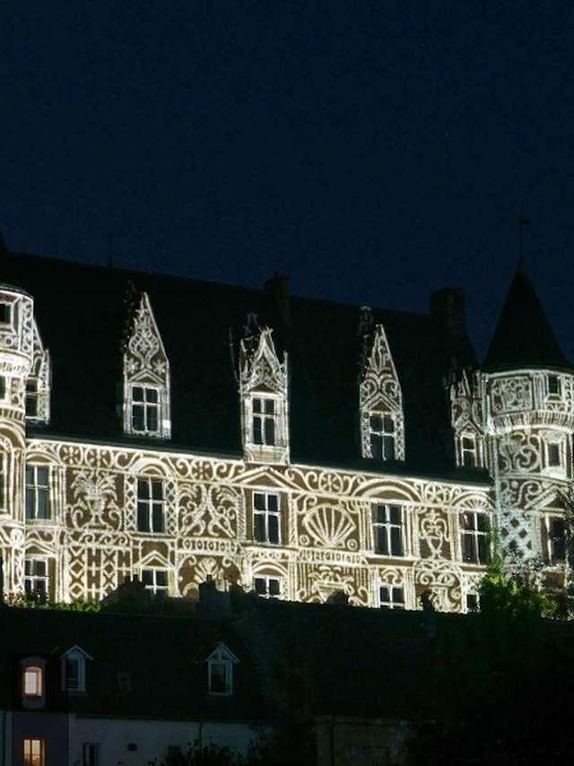 Les Nuits Solaires - Parcours lumière sonorisé en soirée