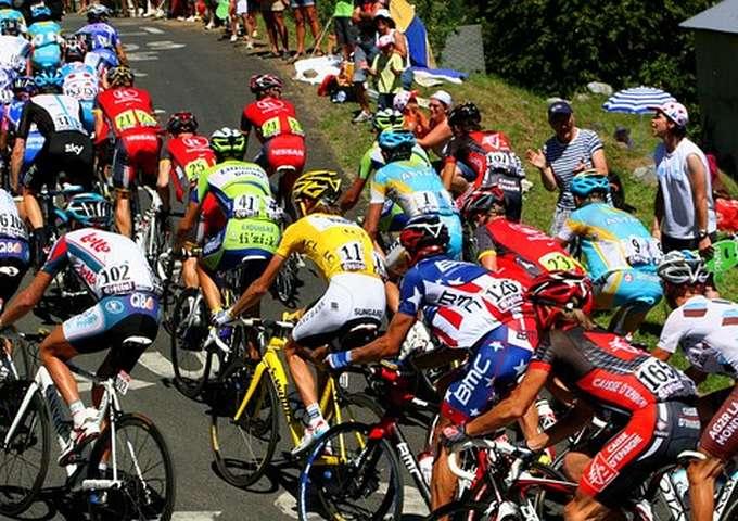 Exposition : Bernard Sartori raconte le Tour de France