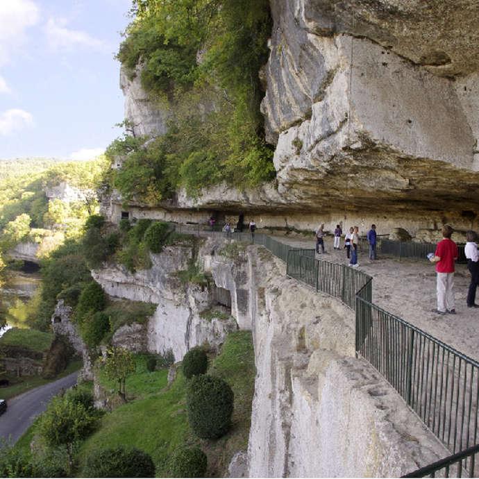 🗸 La Roque Saint-Christophe - Fort et Cité troglodytiques
