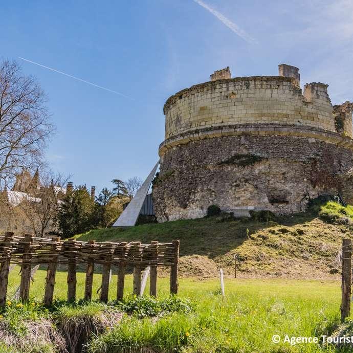 La Tour-Forteresse du Château de Monthoiron