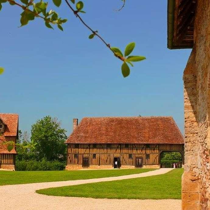 Fête des Traditions au Château de Crévecoeur-en-Auge